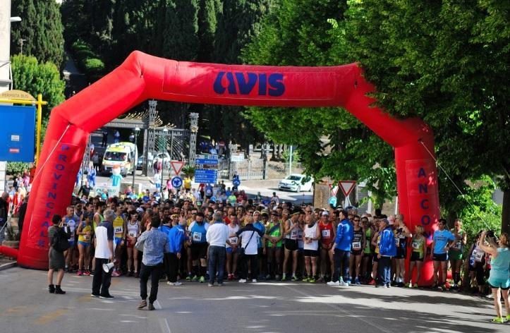 Partenza_XXXVII_Trofeo_Avis_Castelfdiardo